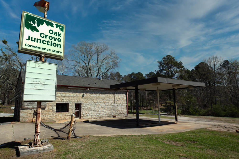 This Oak Grove Junction gas and grocery store sits in Lithonia, GA in eastern DeKalb County.