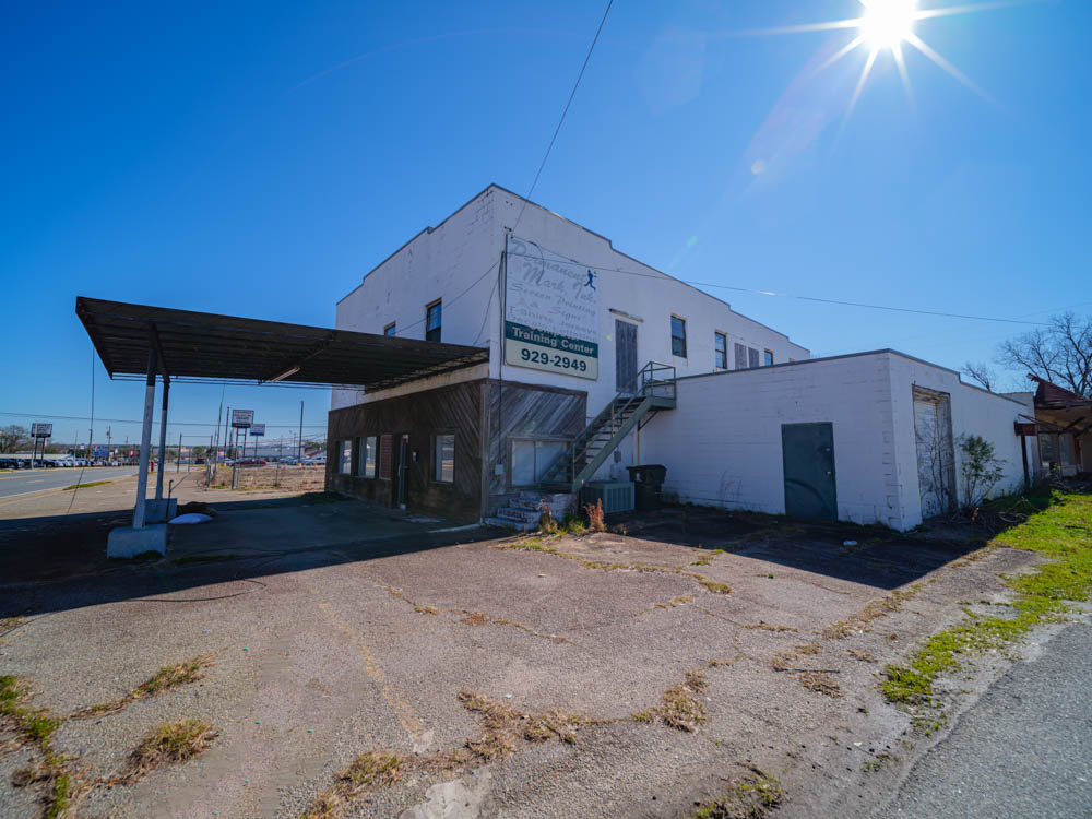 Abandoned Print Shop in Warner Robins, Ga in Houston County.