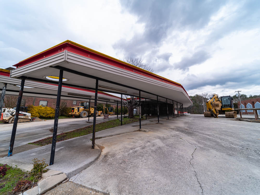 Abandoned Sonic Drive-In in Lafayette, GA in Walker County