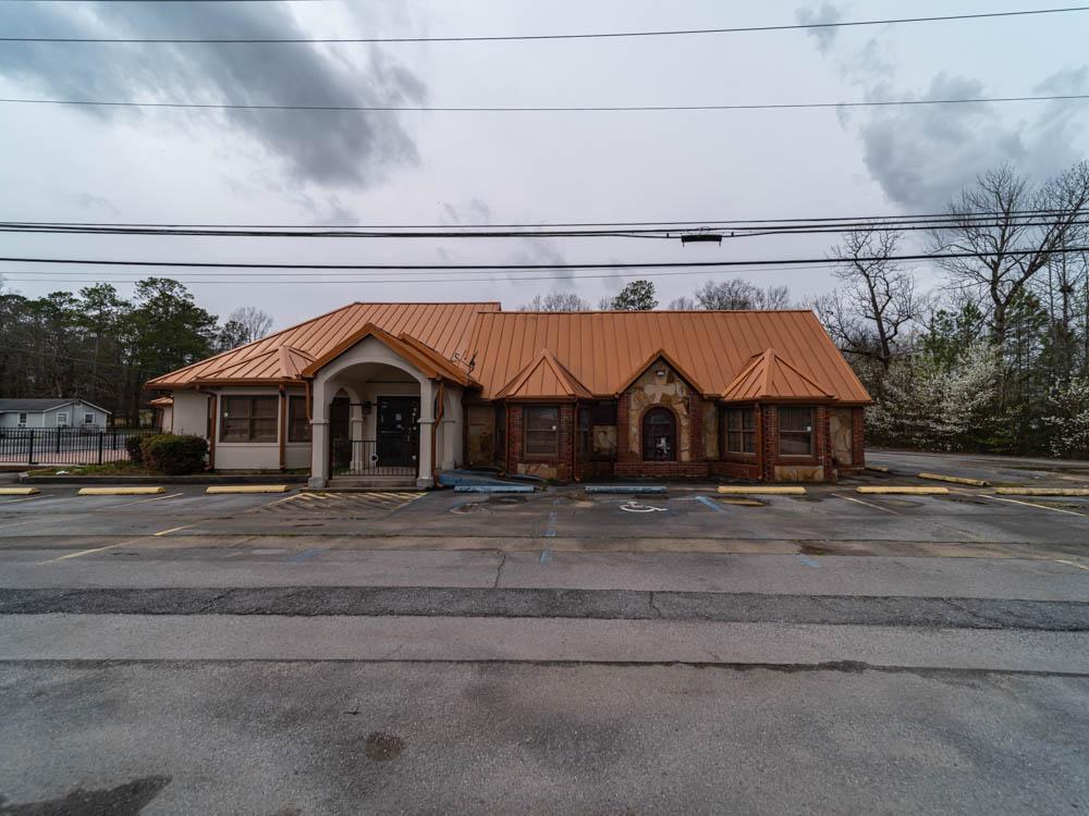 Abandoned La Coquita Mexican Grill in Floyd County, GA